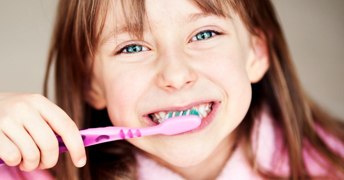 ms-blog_child-brushing-own-teeth