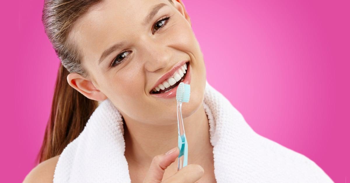 ms-blog_teen-dental-girl-toothbrush-pink